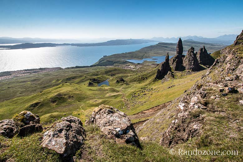Point de vue sur Old Man of Storr sur l'île de Skye