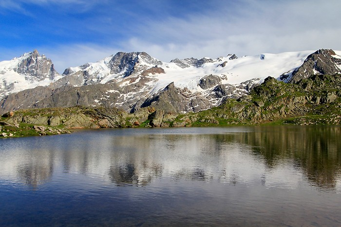 Bivouac au bord du lac L�ri�