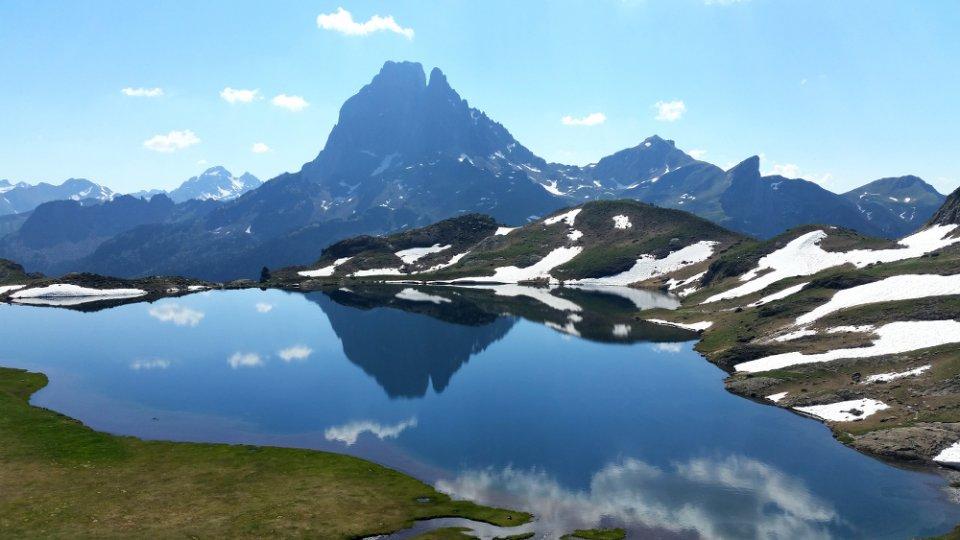 Le lac Gentau fait partie des lacs d'Ayous