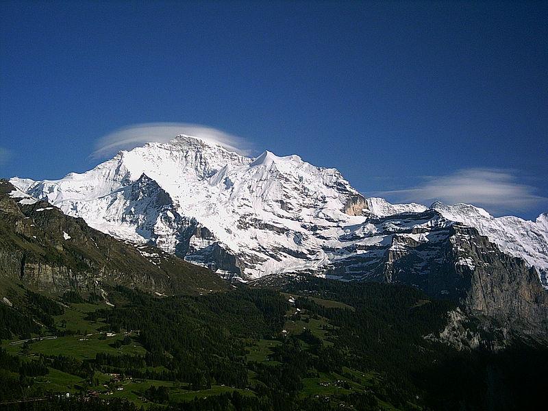 Jungfrau depuis Wengen (Auteur : Ambroix - Domaine public)